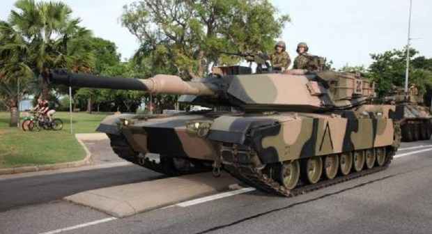 دبابات الأمريكان المزودة بتقنية الليزر، في طريقها إلى المغرب.