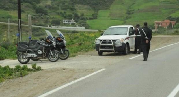 شاب استعطف صاحب سيارة من أكادير أن يقله رفقته إلى تيزنيت، وفي الطريق اكتشف أنه مجرم خطير. وهذا ما وقع