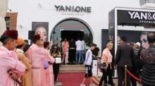 """+فيديو و صور: سلوى أخنوش تطلق المتجر الذكي للجمال  """"يان آند وان Yan&One"""" بأكادير، والازدحام عنوان اليوم الأول من الافتتاح."""