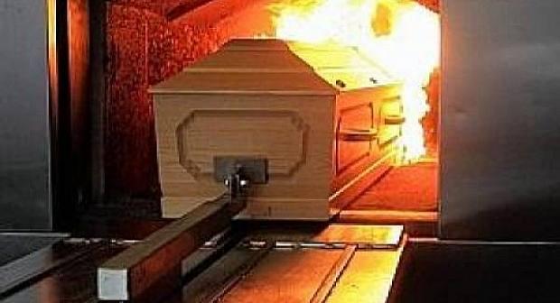 صادم:محكمة فرنسية تصدر حكما يقضي بحرق جثة مهاجر مغربي وعائلته تناشد المسؤولين للتدخل