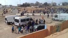 بالصور:القوات العمومية تفك اعتصام تلاميذ داخل إعدادية بأكادير، واتهامات لأطراف خارج المؤسسة بتأجيج الاحتجاجات