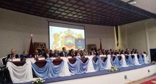 """العثماني يقطع """"دابر الإشاعات"""" بوفده الوزاري الهام الذي أحضره إلى أكادير، و يعتبر ذلك إشارة سياسية للخصوم، و يكشف عن الأوراش الكبرى للحكومة خلال الدخول السياسي الحالي."""