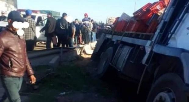 +صور: شاحنة مجنونة تدهس تلاميذا في مشهد تراجيدي بإنزكان، والحادث يسفر عن عدد من الضحايا بين قتيل و جرحى
