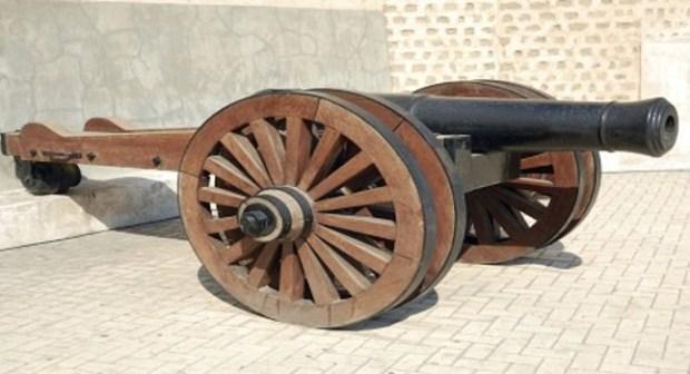 """إختفاء أزيد من40 مدفعا نحاسيا، من قصبة """"أكادير أوفلا"""": الجريمة البشعة التي تحتاج إلى تحقيق:"""