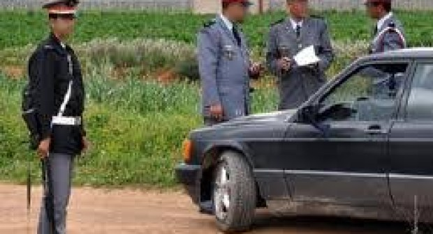 توقيف تلميذة تدرس بالباكالوريا رفقة خليلها في وضع مخل نهار رمضان داخل سيارة في منطقة خلاء…