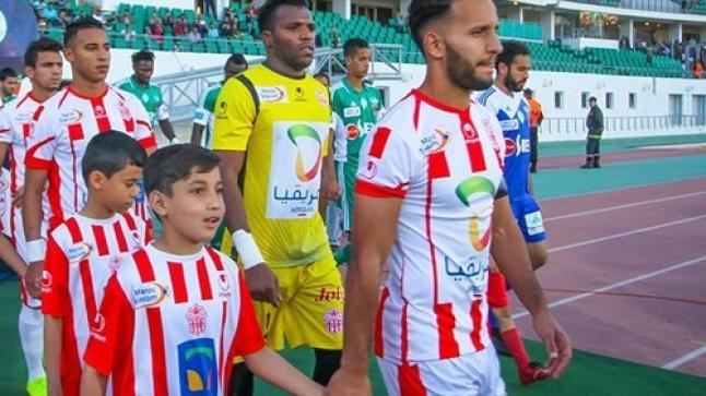 حسنية أكادير يكتسح ضيفه النادي القنيطري بخمسة أهداف لواحد + (فيديو)