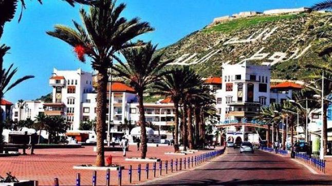 وزارة الداخلية تُلزم الفنادق بتقديم معطيات النزلاء إلكترونيا للأمن والدرك