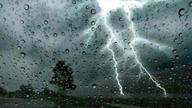 نشرة خاصة.. رياح وأمطار قوية من المستوى البرتقالي بعديد من مناطق المملكة