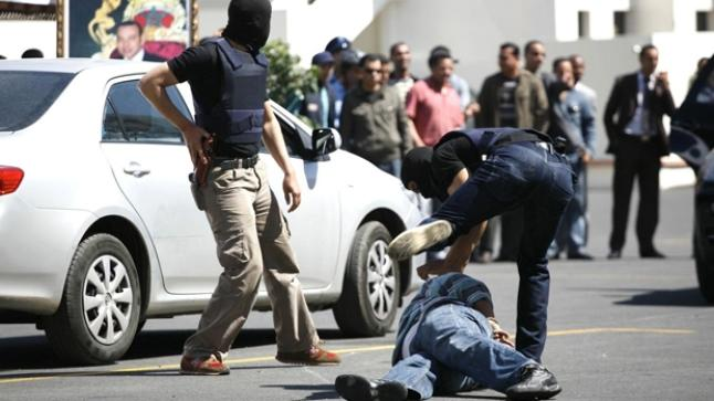 """الأمن يوقف """"ملتحي"""" بمدخل تيزنيت صاحب القارورات المشبوهة"""