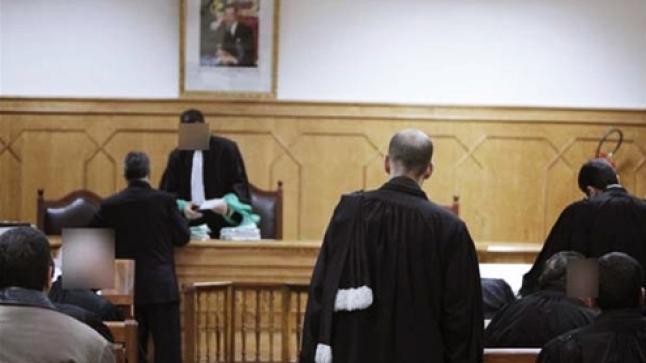 """جديد قضية محاكمة سائق طاكسي دهس لصين وقتل أحدهما بعد تعرضه """"للكرساج"""""""
