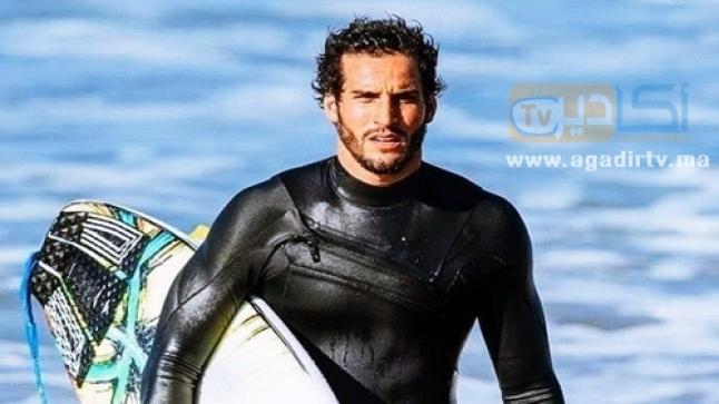 """بوخيام ابن أكادير يفوز بمرحلة """"هانغ لوز"""" بالبرازيل في بطولة العالم لركوب الأمواج"""
