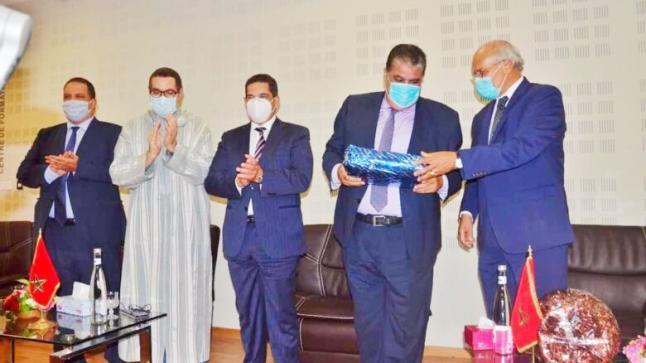أمزازي يشرف على تنصيب البروفيسور عبد العزيز بنضو رئيسا جديدا لجامعة ابن زهر بأكادير