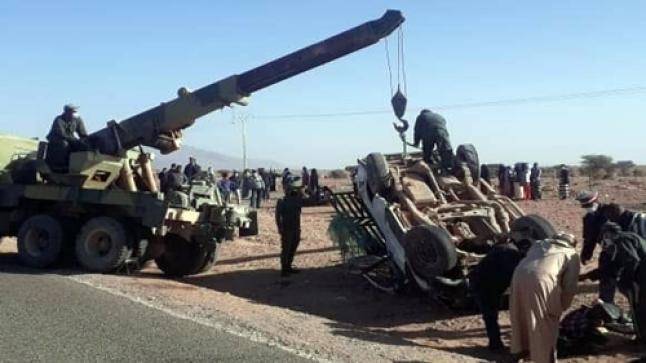 """انقلاب سيارة """"بيكوب""""بطاطا يخلف عددا من الضحايا.. واستنفار كبير يعقب الحادث (صور)"""