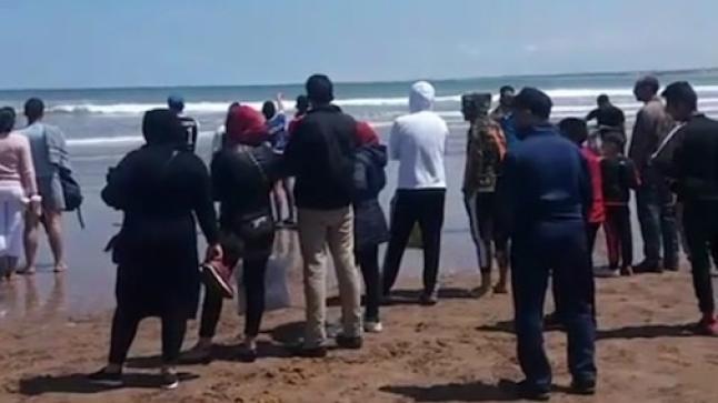 شاطئ أكادير يبتلع شابا في حادث مفجع