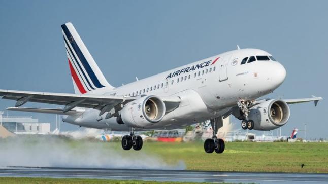 الخطوط الجوية الفرنسية تمدد رحلاتها الصيفية من المغرب إلى غاية موسم شتاء 2021