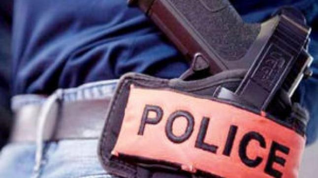 أكادير..الأمن يسترجع سلاح الشرطي المعتدى عليه