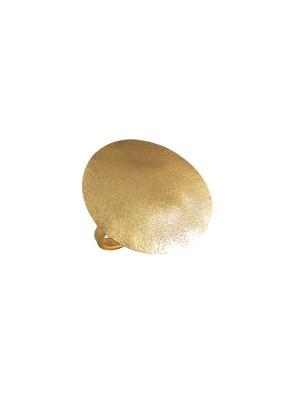 Χειροποίητο δαχτυλίδι από ορείχαλκο. Minimal δαχτυλίδι σε σχήμα κύκλου, στολίδι για τα χέρια σας. Όλα τα κοσμήματα Agapi concept μένουν αναλλοίωτα αφού έχουν εμβαπτιστεί σε ειδικά βερνίκια. Ρυθμιζόμενη γάμπα για όλα τα μεγέθη. Τα δαχτυλίδια είναι από τα πολύ αγαπημένα κοσμήματα για τις γυναίκες, αφού έχουν το πλεονέκτημα να είναι ορατά ανά πάσα στιγμή και να στολίζουν όμορφα τα χέρια. Επιλέξτε αυτό που ταιριάζει καλύτερα στην προσωπικότητα σας και απογειώστε όλα σας τα outfit.