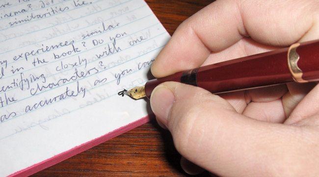 escritura a mano en cursivo