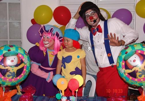 Foto de Agapita y Che-Ché en el cumpleaños de Lynda