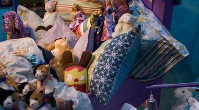 juguetes en la habitación