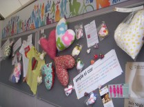 Coixins del cor: projecte solidari de Grup Àgata i Oncolliga