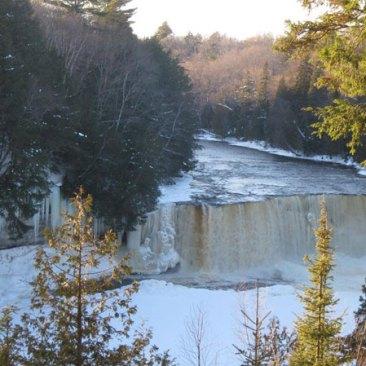 Taq-Falls-from-distance-big