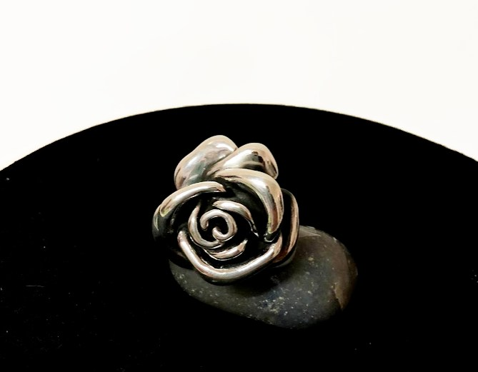 Anel com Rosa