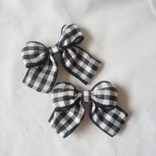 black and white bow hair pin