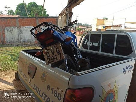 11-08-20-moto-roubada-policia-apreende