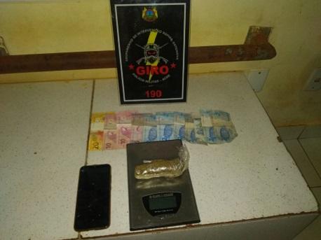 02-09-20-jovem-preso-trafico-de-droga-praça