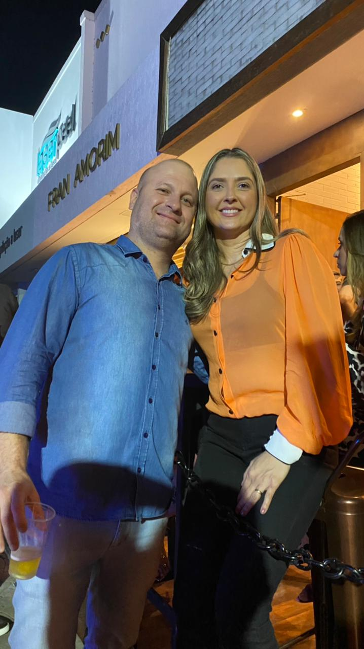 Luana Esteves e Nilton Franceschi