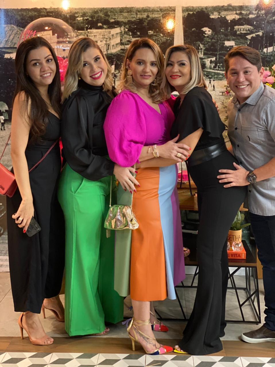 Ana Paula Batalha, Nara Karoline, Kelly Kley e Camilo Lima.