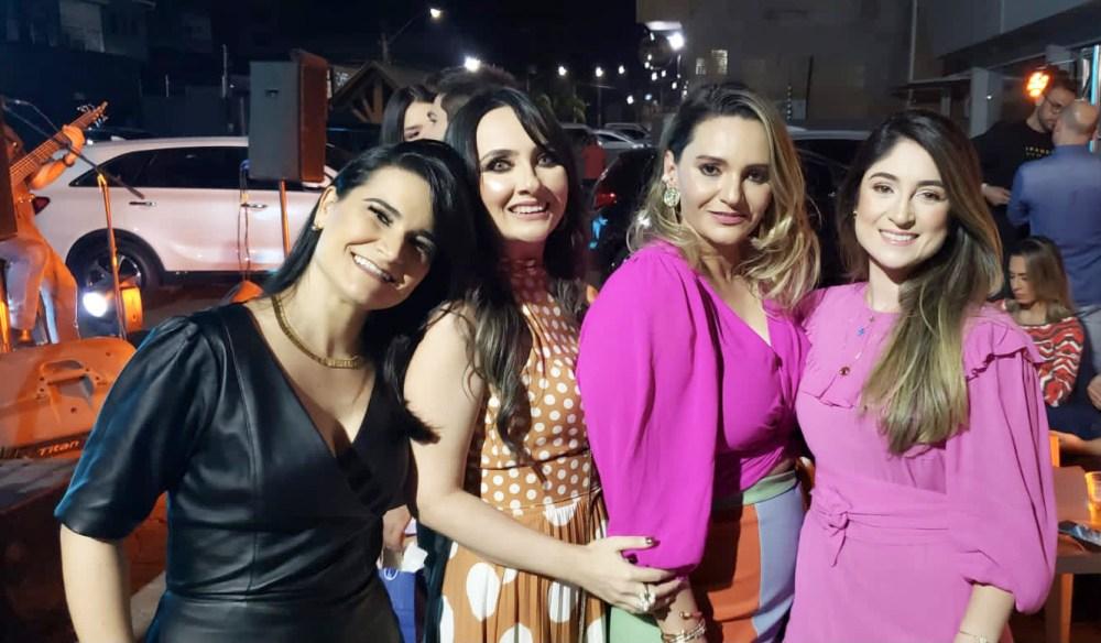 Minhas amadas amigas, Renata Peiró, Helckia Albuquerque e Catherine Marin.