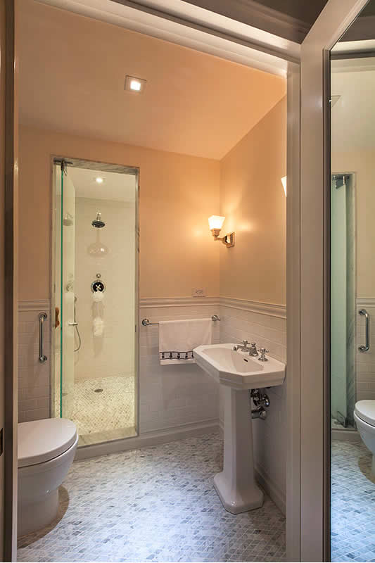 8 Small Bathrooms That Shine | Home Remodeling on Bathroom Ideas Apartment  id=90310