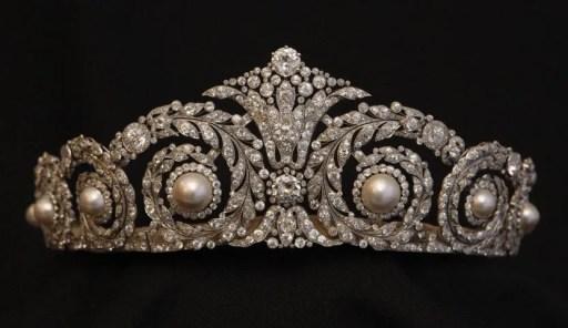 antique-tiara-2
