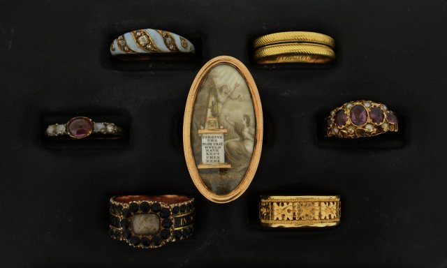 Buy Victorian Rings at Auction