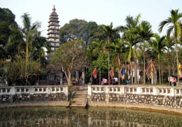 Temple Tran Nam Dinh