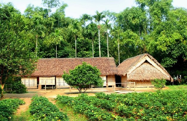 Maison natale du Président Ho Chi Minh - Decouverte Nghe An & sites incontournables