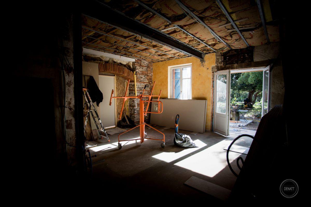 chantier de rénovation, isolation, huisserie, Toulouse