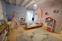 822 TBI Morbihan Vannes Maison à vendre en pierre Malansac poutre cheminée plancher bois