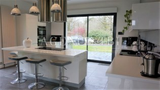 375 TBI MAISON CONTEMPORAINE SECTEUR AMBOISE