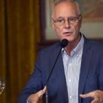 """Ministro Daniel Gollán: """"Si se levanta la cuarentena, en 15 o 20 días veremos cadáveres apilándose"""""""