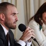 """Vicepresidenta Cristina Fernández: """"Martín Guzmán sobre la deuda externa. Clarito como el agua"""""""