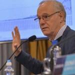 """Ministro Gollan: """"la vacuna rusa fue aplicada a 36 mil personas sin efectos adversos"""""""