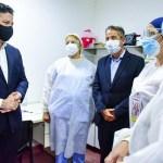 """Menéndez abrió el Operativo de Vacunación: """"En el Hospital Héroes de Malvinas se aplicaron las primeras dosis al personal de la Salud"""""""