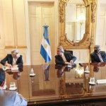 El presidente Fernández se reunió con dirigentes del sindicato de Camioneros y empresarios del sector del transporte