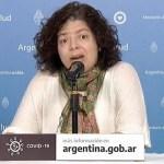 La ministra de Salud Carla Vizzotti recibió la primera dosis de la vacuna contra el coronavirus