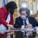 Santiago Cafiero: «Hay 12 países en el mundo que hacen vacunas y Argentina es uno de ellos»