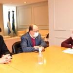 El ministro Nardini se reunió con los intendentes de Trenque Lauquen y Saladillo. Junto a Osuna recorrió obras en Las Heras