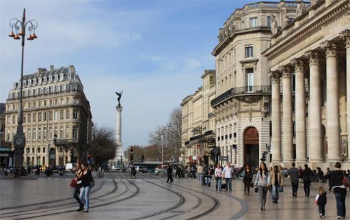 Francia decreta un mes de nuevo confinamiento